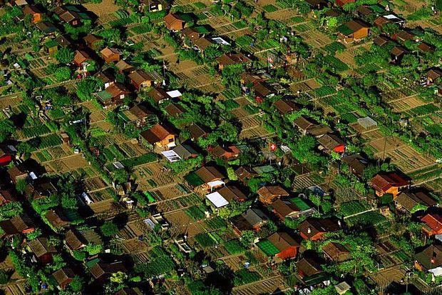 Les Avanchets (Suiza)-ciudad donde cada habitante tiene su huerto urbano